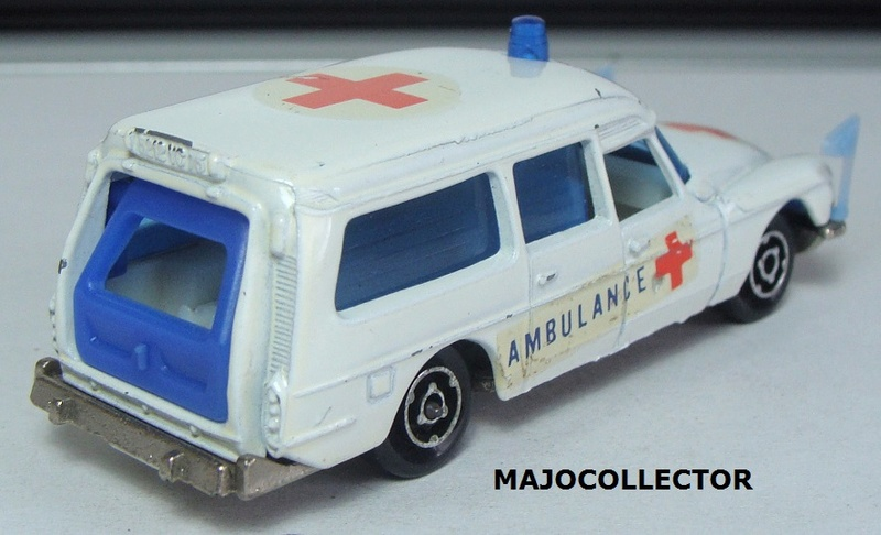 N°206 CITROËN DS AMBULANCE  206_2_15