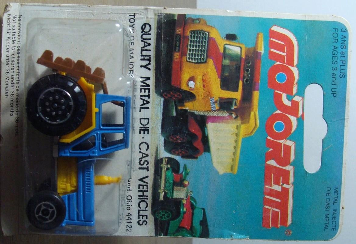 N°208 tracteur 208_3_19