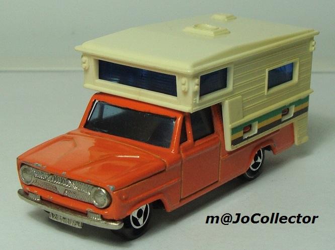 N°209 DODGE CAMPING CAR 209_1_10