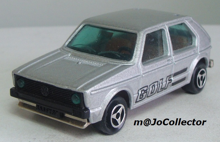 N°210 VOLKSWAGEN GOLF 1 210_2_10