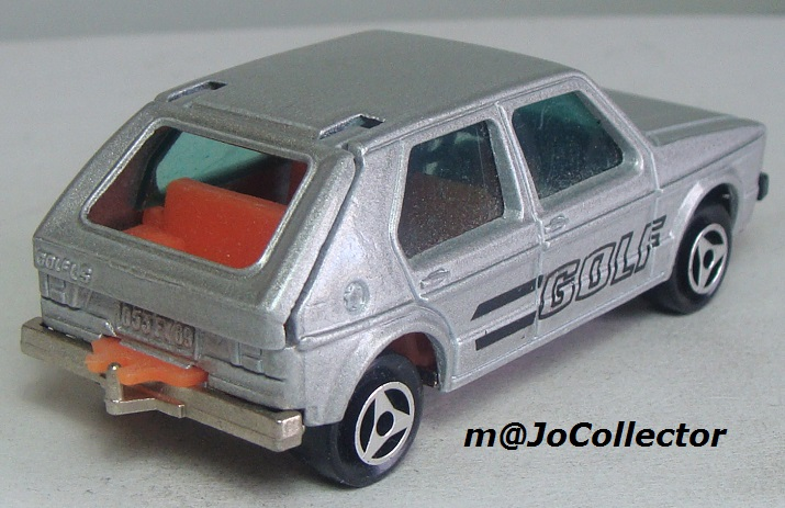N°210 VOLKSWAGEN GOLF 1 210_2_11