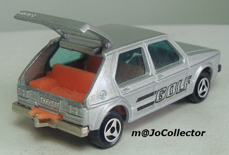 N°210 VOLKSWAGEN GOLF 1 210_2_14