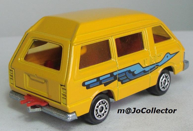 N°216 Toyota Lite Ace 216_3_10