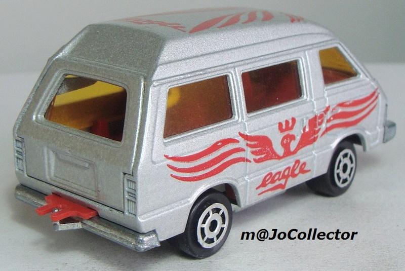 N°216 Toyota Lite Ace 216_3_12