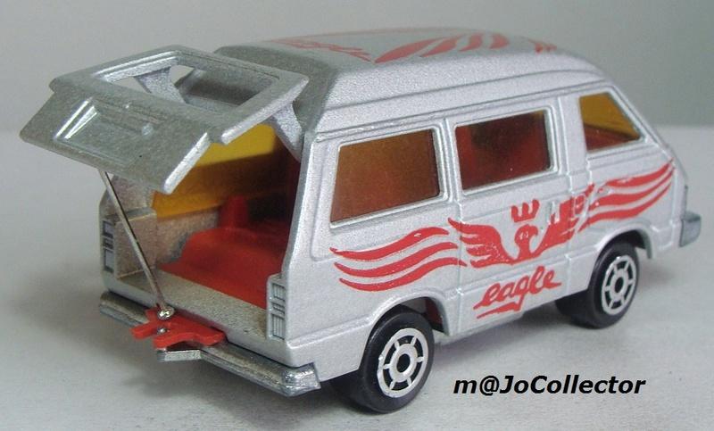 N°216 Toyota Lite Ace 216_3_13