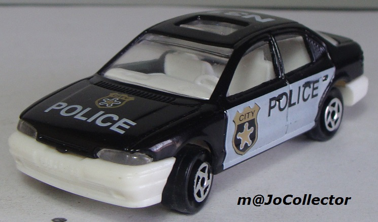 N°221S FORD MONDEO POLICE 221s_f10
