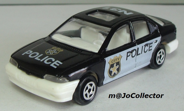 N°221S FORD MONDEO POLICE 221s_f11