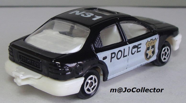 N°221S FORD MONDEO POLICE 221s_f15