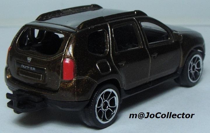 N°225A Dacia duster. 225_4a10