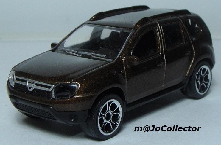 N°225A Dacia duster. 225_4a12