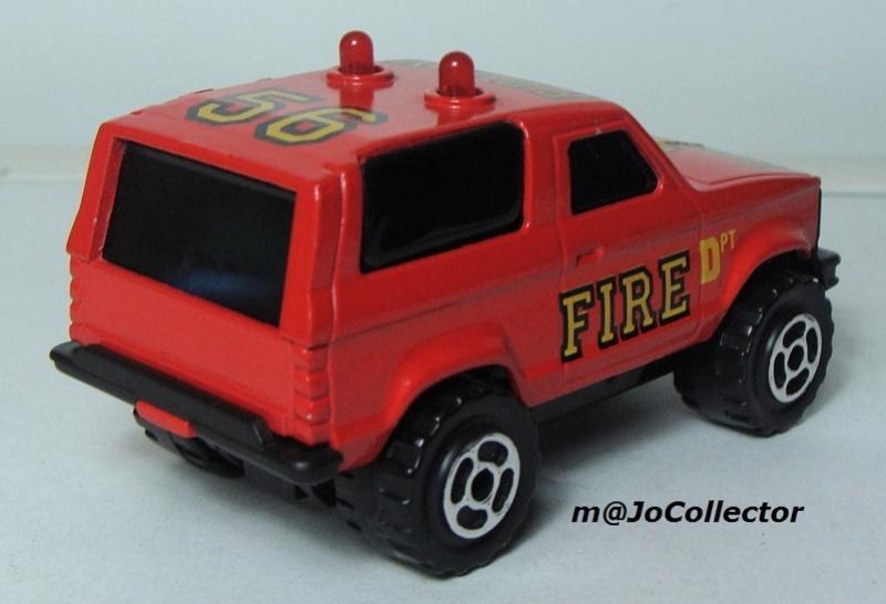 N°2305 Ford Bronco II Pompier 2302-215