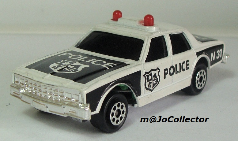 N°2309 chevrolet impala police 2309-210