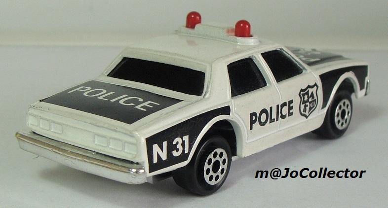 N°2309 chevrolet impala police 2309-211