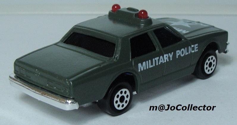 N°2335 CHEVROLET IMPALA MILITARY POLICE 2309-212