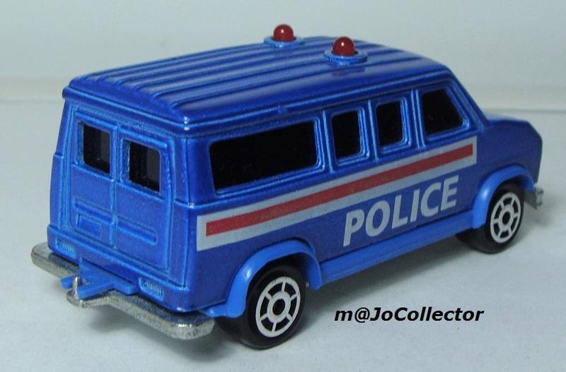 N°2311 FORD ECONOLINE III POLICE 2311-210