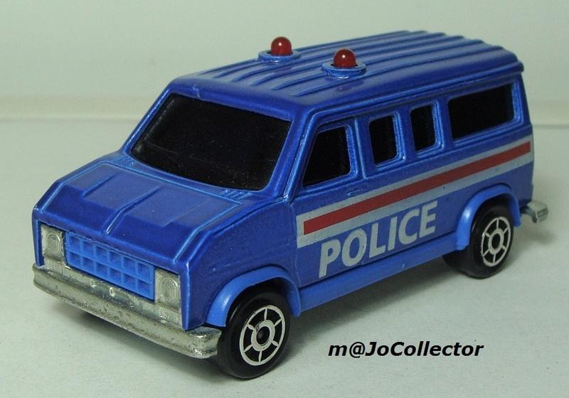 N°2311 FORD ECONOLINE III POLICE 2311-211