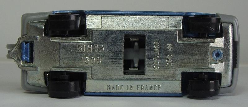 N°240 SIMCA 1308 240_si12