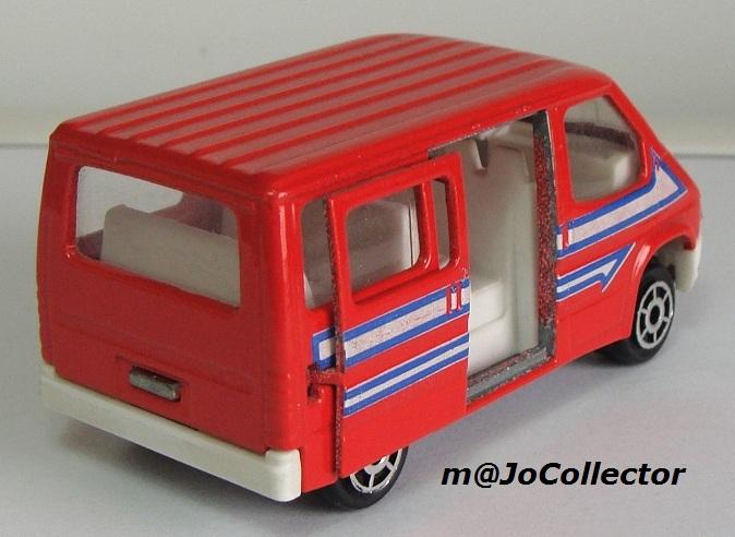 N°243 Ford Transit 243_3_13