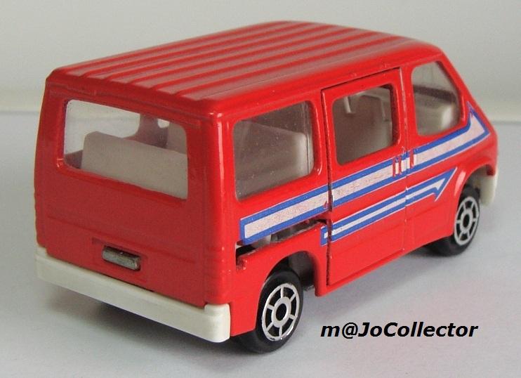 N°243 Ford Transit 243_3_14