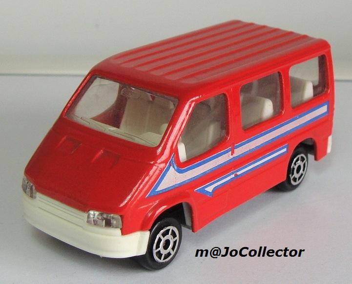 N°243 Ford Transit 243_3_15