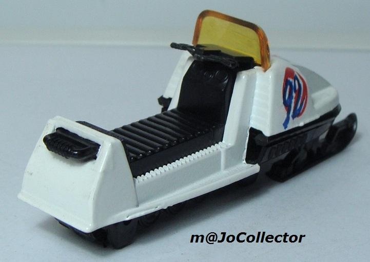 N°284 MOTO-NEIGE 249_1-13