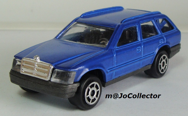 N°250 Mercedes 300TE 250_3_13
