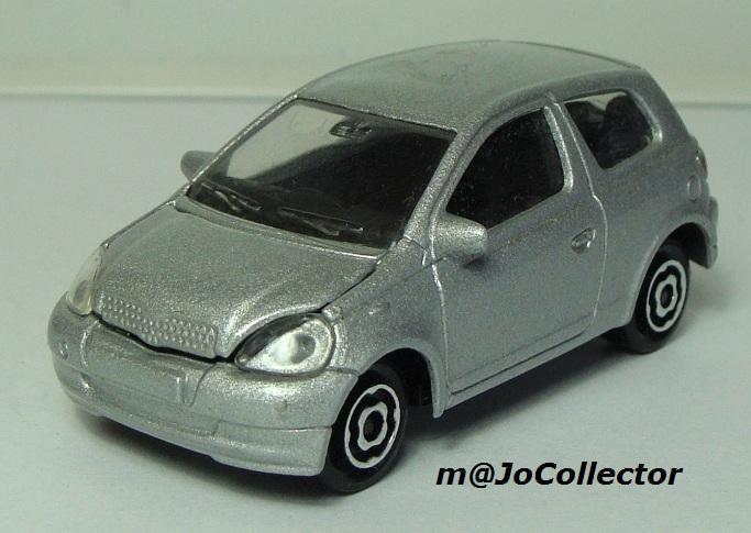 N°254B Toyota Yaris 254_3b12