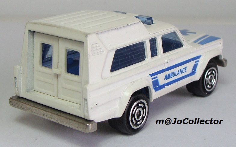 N°269 JEEP CHEROKEE AMBULANCE 269_1_10