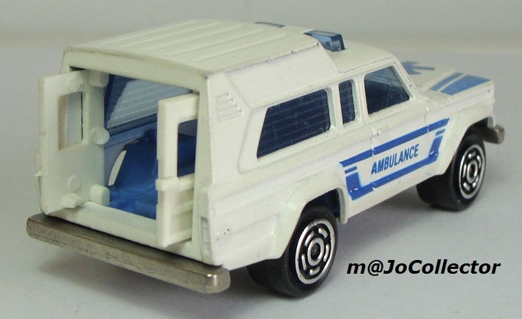 N°269 JEEP CHEROKEE AMBULANCE 269_1_11