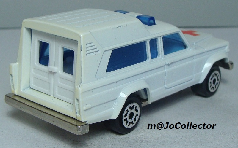 N°269 JEEP CHEROKEE AMBULANCE 269_1_16
