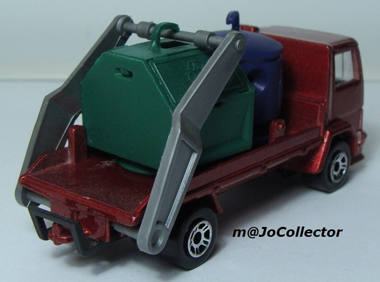 N°298 FORD CARGO PORTE CONTAINER DE RECYCLAGE 298_fo12