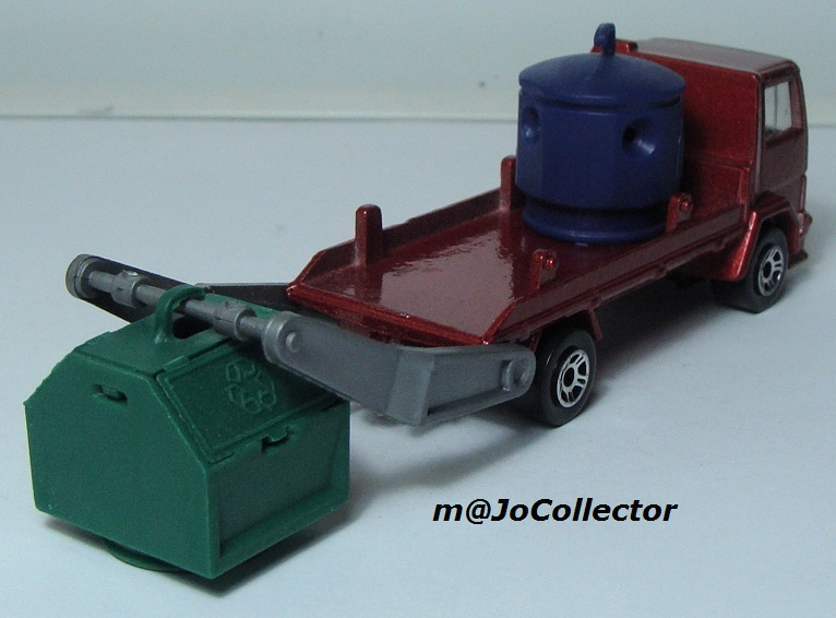 N°298 FORD CARGO PORTE CONTAINER DE RECYCLAGE 298_fo15