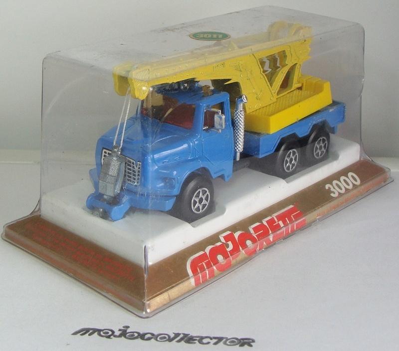 N°3011 / 3026 / 4508 Ford L Dèpanneuse 3011_f12