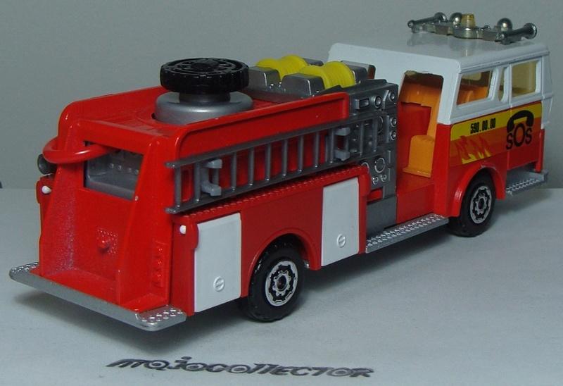 N°3033 1972`Ward La France Pompe Incendie 3033_w11