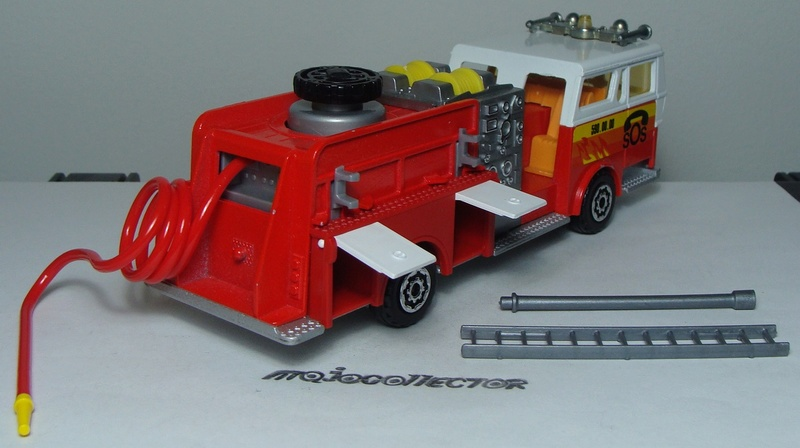 N°3033 1972`Ward La France Pompe Incendie 3033_w12