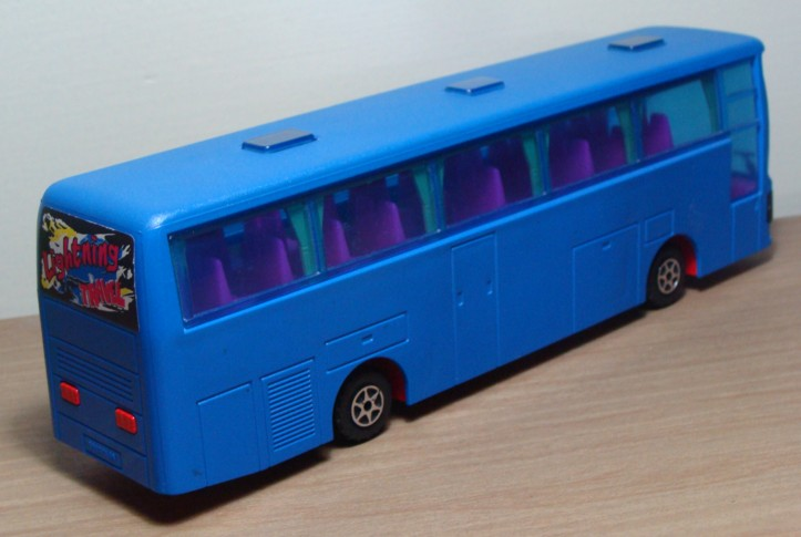 N°3046 VanHool Autocar 3046_a11
