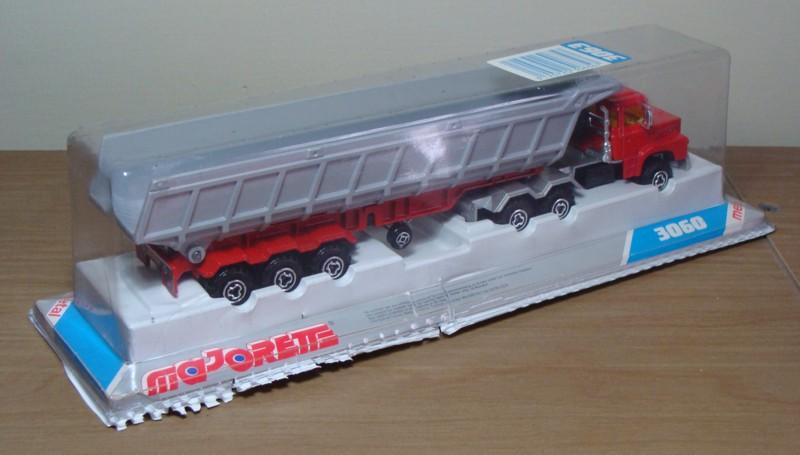 N°3063 Scania Benne Carrière. 3063_s11