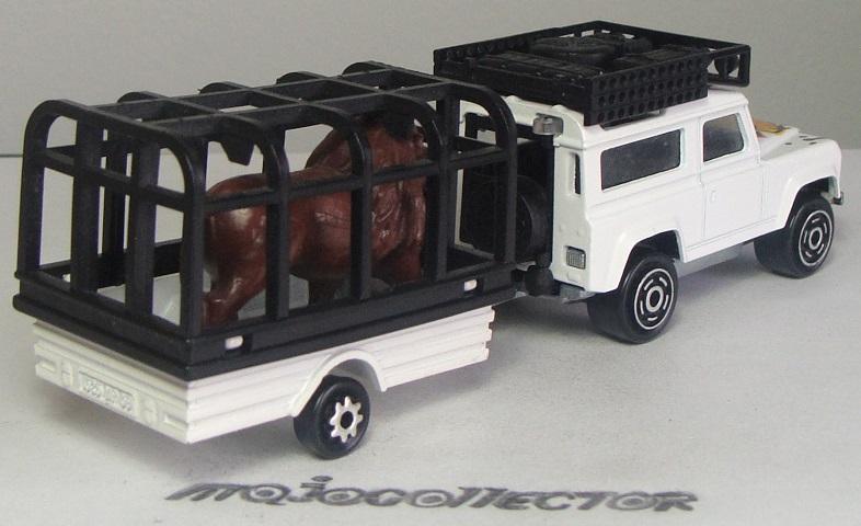 N°328 LAND ROVER 90 + CAGE LION 328_je12