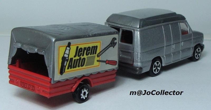 N°317 Ford Econoline + Remorque Bachée 374-3114