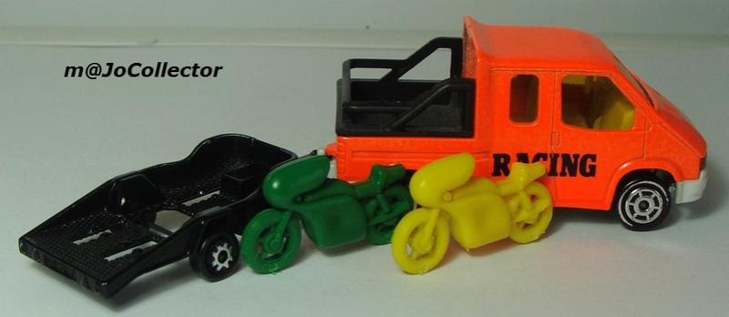N°333 FORD TRANSIT TUG + REMORQUE MOTOS 378-3310