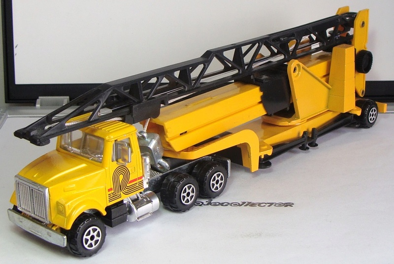 N°4515 White RoadBoss II Super Grue 4515_w12