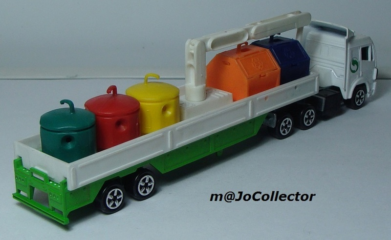 N°621 Mercedes + containers recyclage 621_me11