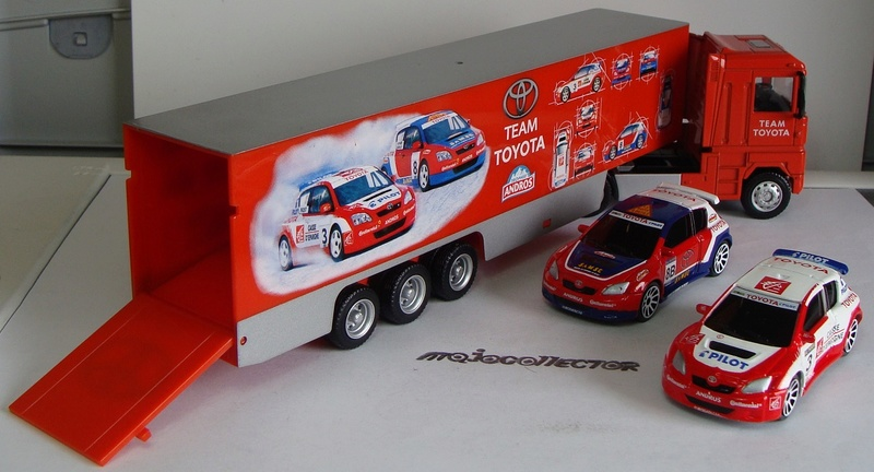 RENAULT MAGNUM TEAM TOYOTA PORTE AUTO Racing19