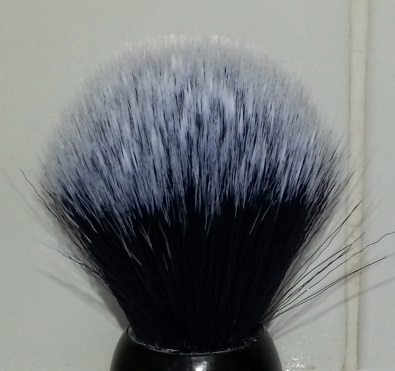 YAQI : Brosse synthétique de style Tuxedo la Balustre 110