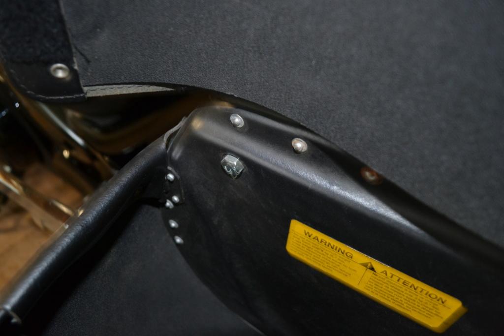 900 VN - Fixation sissy bar et sacoche sur VN 900  Sacoch14
