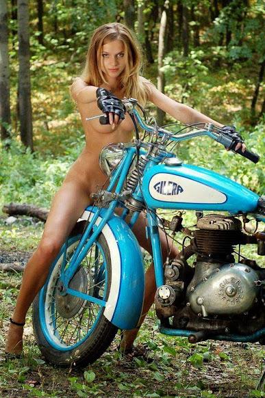 Moto mystère Aaaaaa15