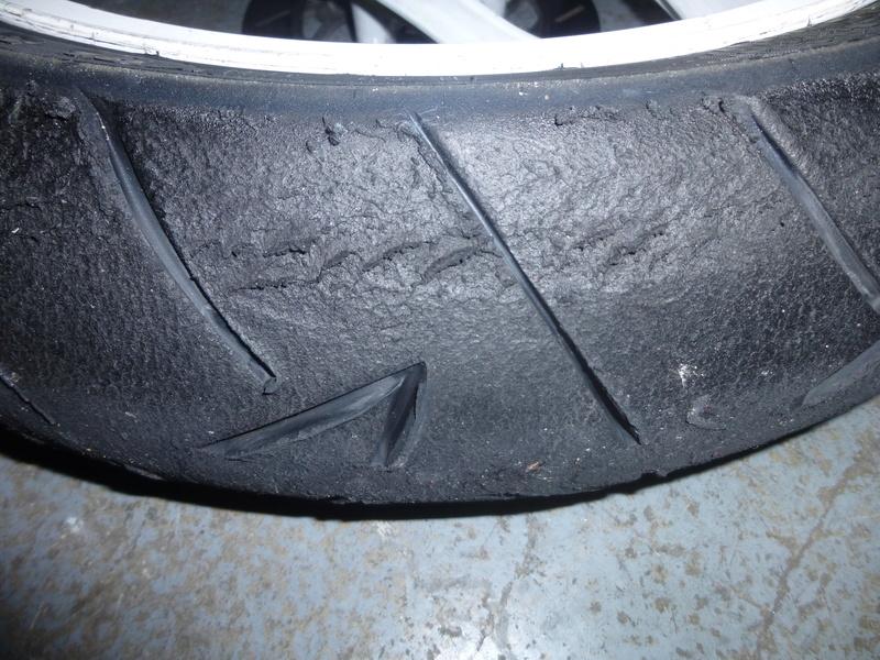 réglages et usure pneu piste P1080211
