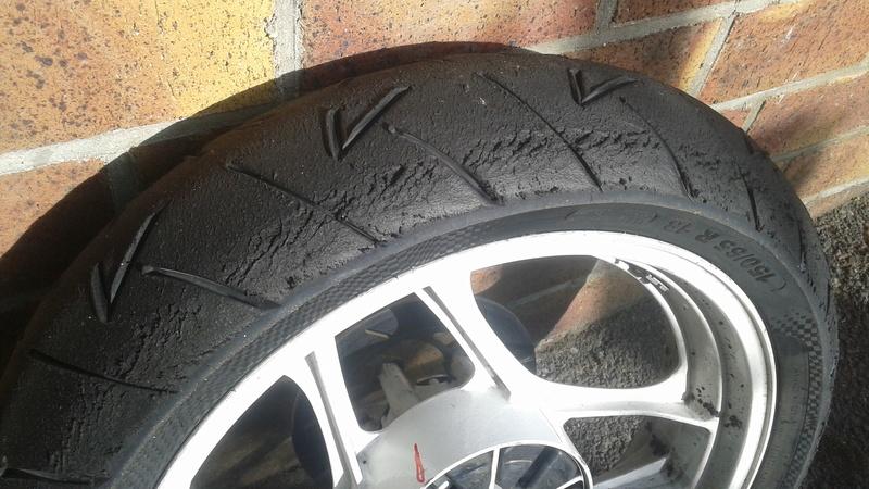 réglages et usure pneu piste Pneu_210