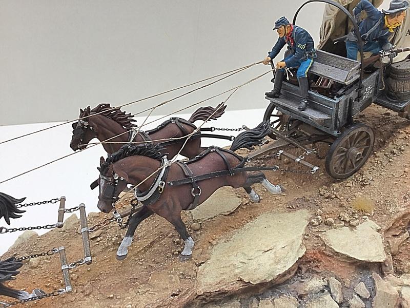 4cv américaine poursuivie par une Mustang  Img_3619