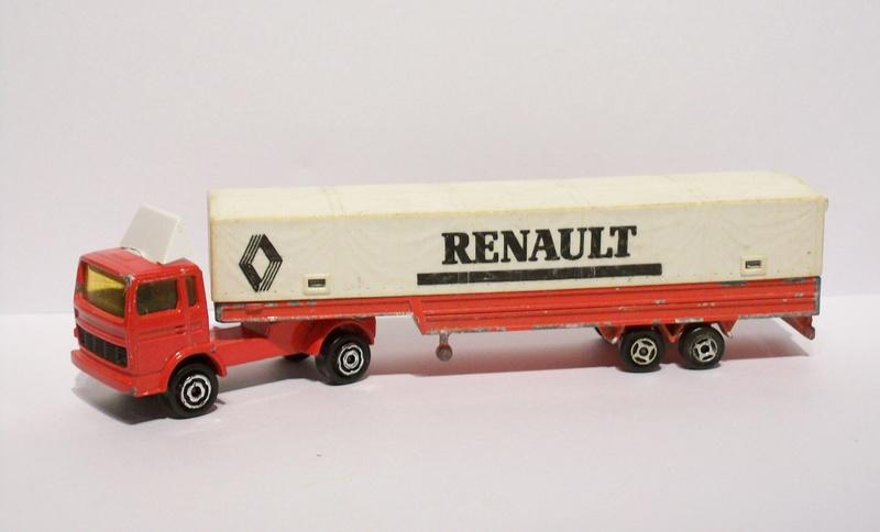 N°367 - RENAULT SEMI-BACHÉ 126_3115